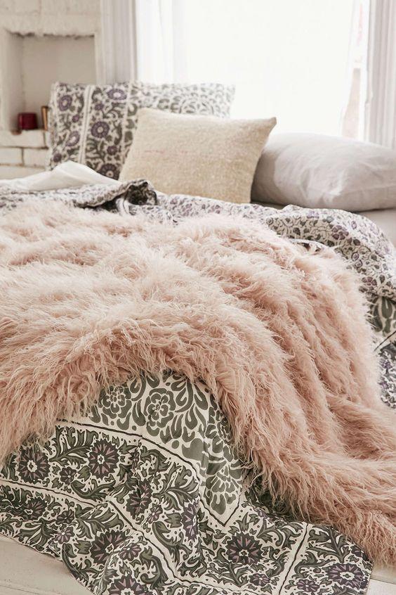bedroom throw blanket